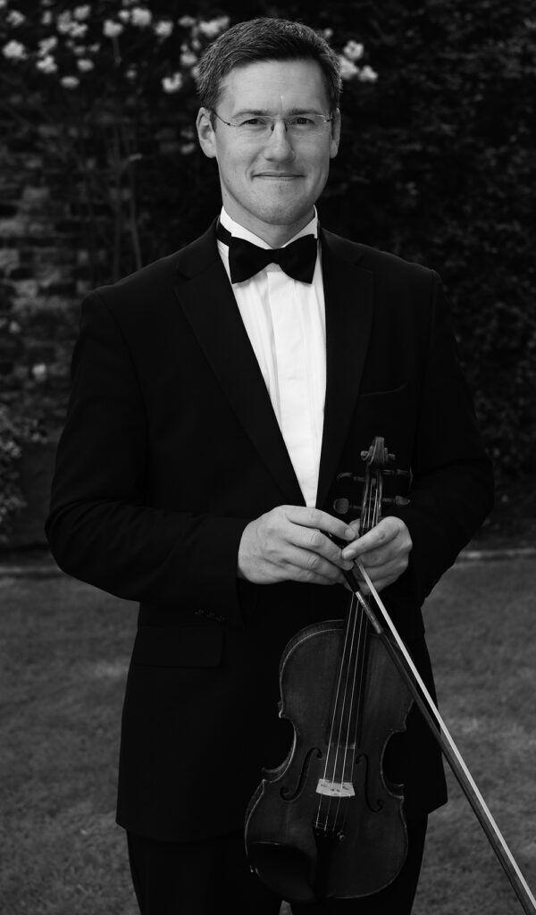 Chris Hilton - Violinist