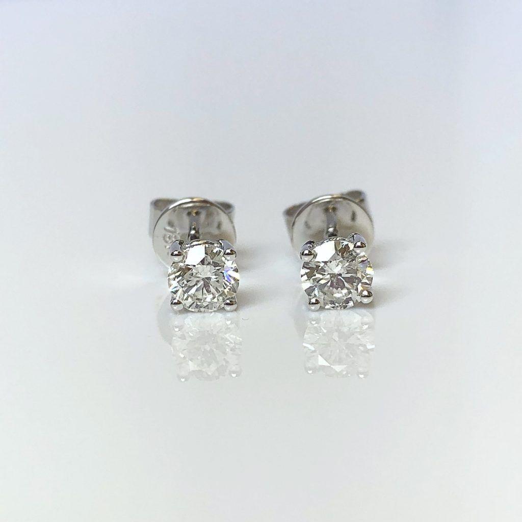 Single Stone Diamond Stud Earrings