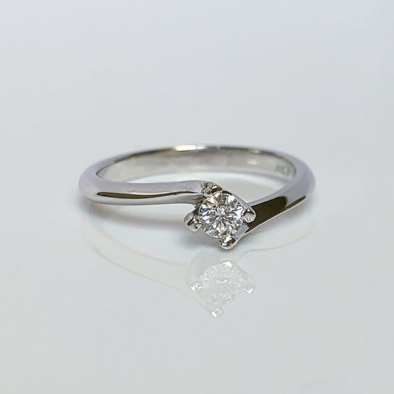 18ct White Gold & Diamond Twist Ring