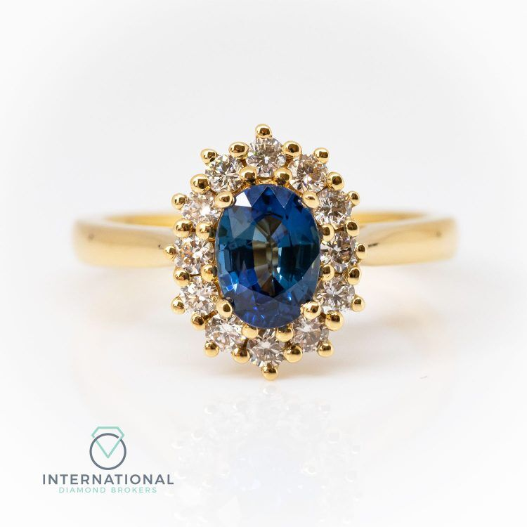 18ct Yellow Gold, Oval Sapphire & Diamond Cluster Ring