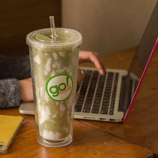 Try healthy smoothies at Go! Salads in Uptown Bonifacio