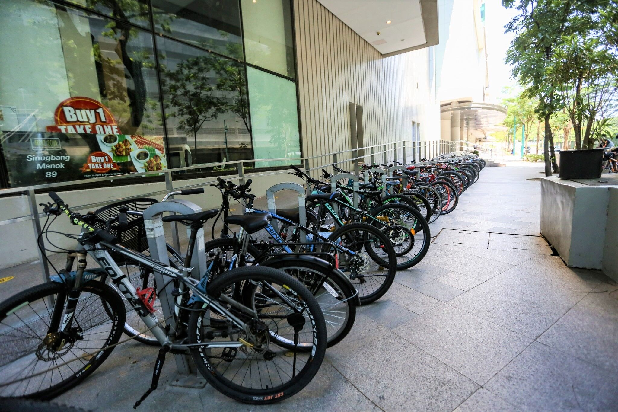 Malls in the Philippines that offers free bike parking
