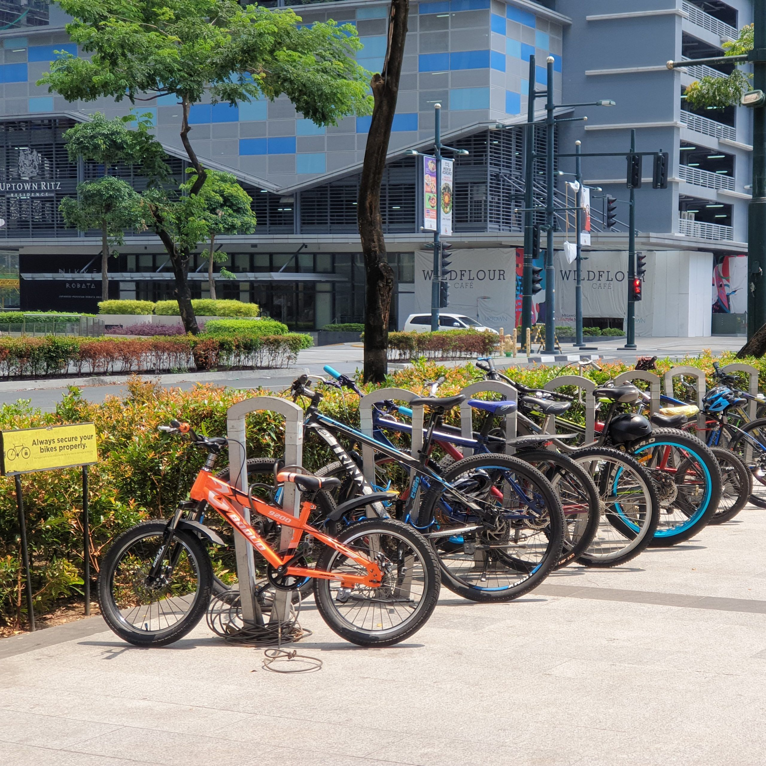 Malls in the Philipppines that offer free bike parking
