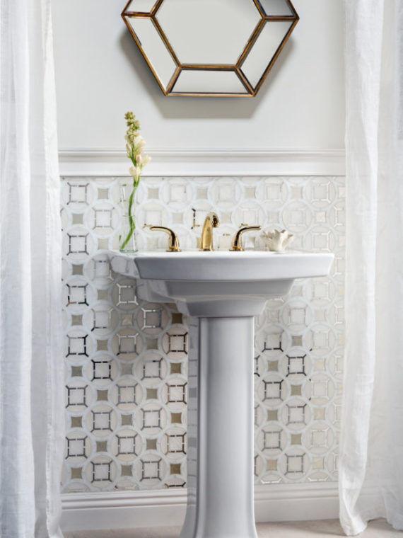 Bathroom-Mosaic-white-silver-antique-mirror-Glossy-600×896