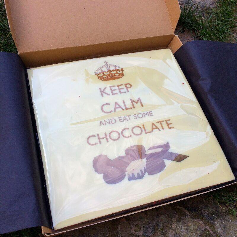Viac ako 600g kvalitnej belgickej čokolády s tvojou grafikou.
