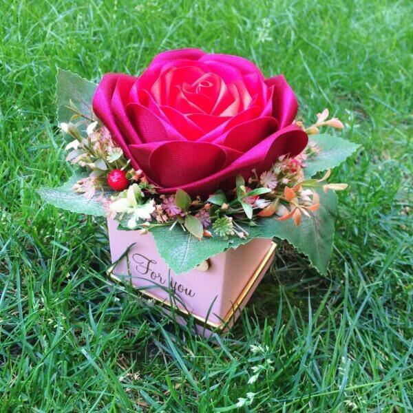 Ruža zo stúh