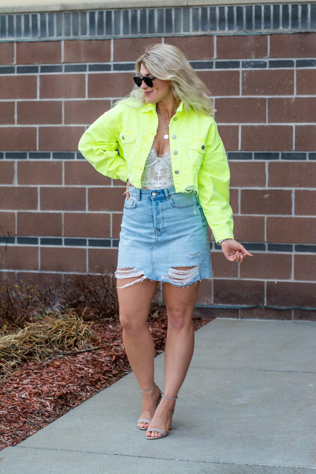 6176e3f5cb2 Outfit Idea Neon Kelly Kapowski.