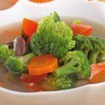 Menu Sabtu: Resep Sup Ayam Brokoli yang Segar dan Gurih