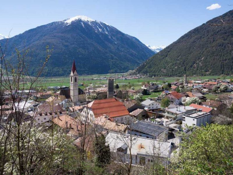 The Vinschgau Valley: An Alpine Land of Charming Contrasts