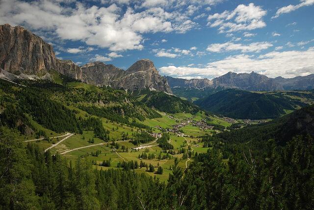 The Colfosco Panorama Path – a walking highlight in Alta Badia