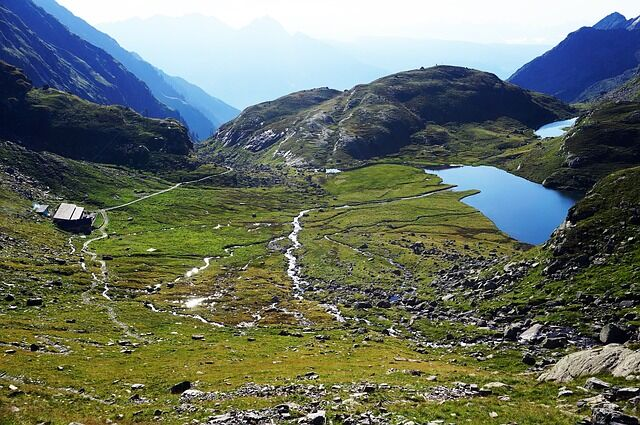 Merano High Route: Popular multi-day hike in the Texel Mountains