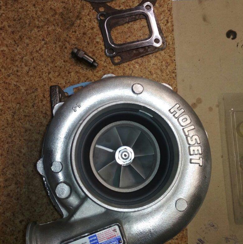 Отремонтированная автомобильная турбина